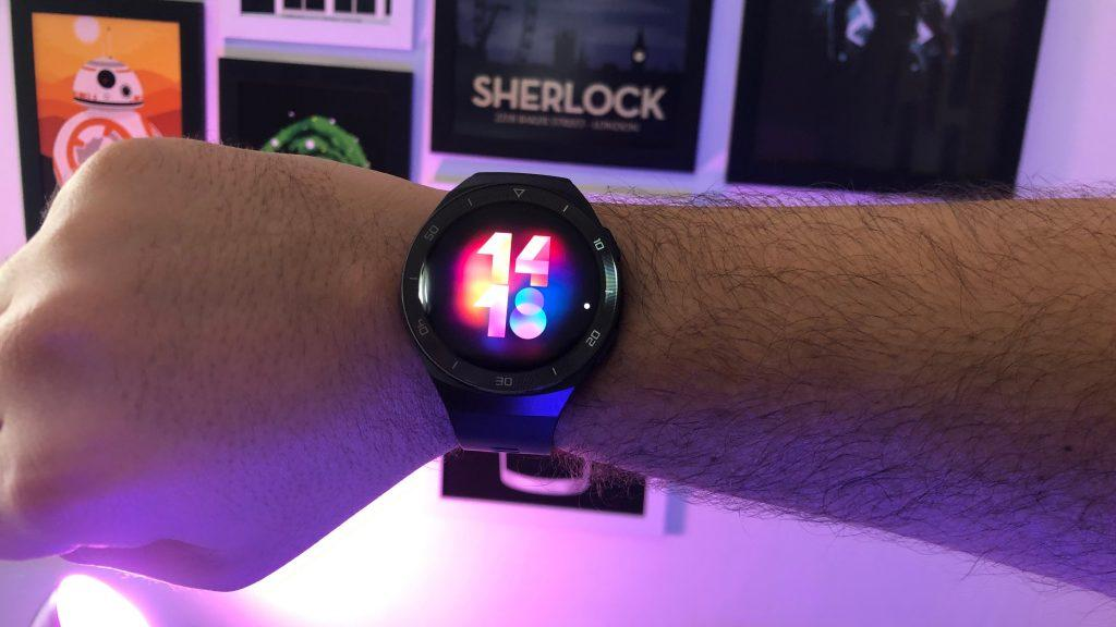 Design e tela huawei watch gt 2e